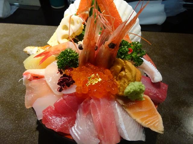 近江町市場 ランチ 山さん寿司